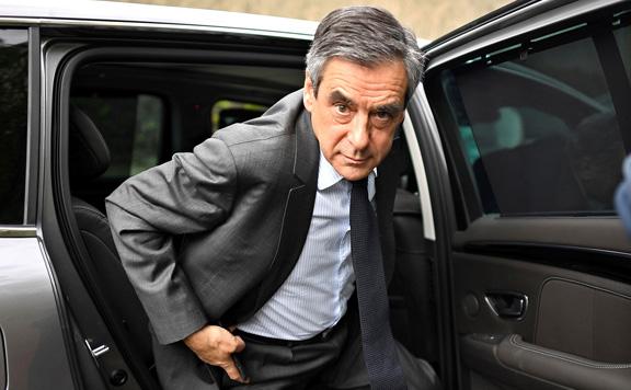 Börtönbe kell vonulnia az elítélt Francois Fillon volt francia kormányfőnek