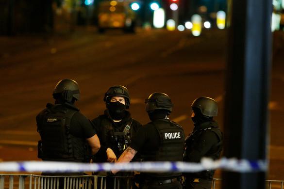 Őrizetbe vették a brit hatóságok a manchesteri robbantó fivérét