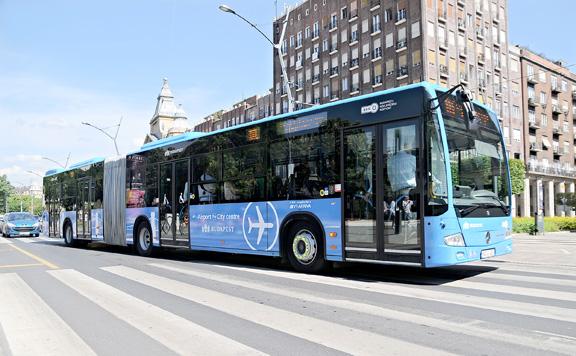 Sűrűbben közlekedik a 100E repülőtéri busz