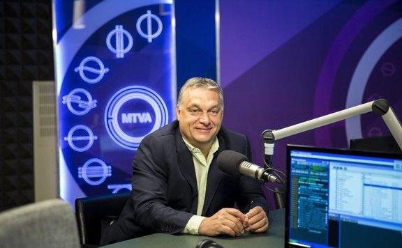 Orbán Viktor megmutatott egy adásból kimaradt jelenetet