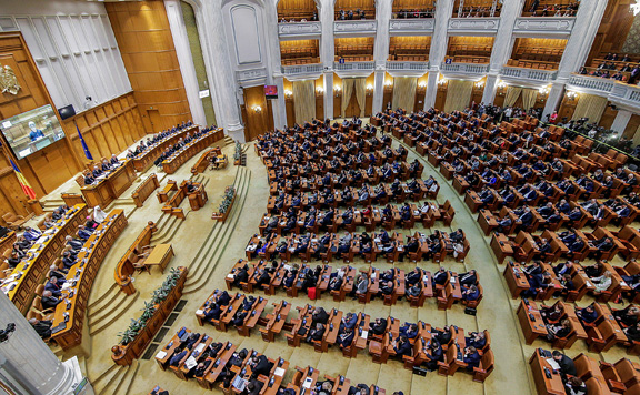 Határozatképtelen lehet román a parlament a bizalmi szavazás napján