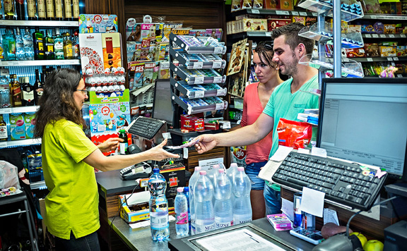 Továbbra is tisztes mértékű marad a kiskereskedelmi forgalom növekedése