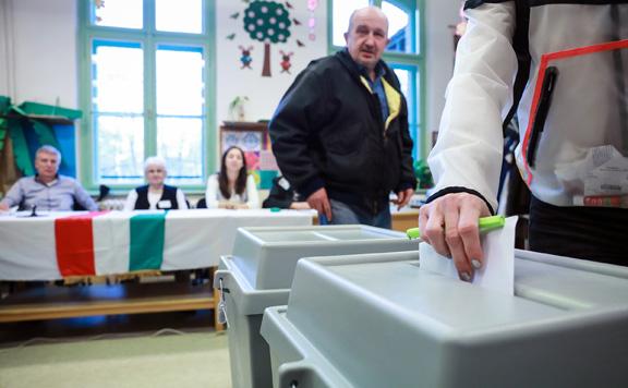Százezernél több külföldi is szavazhat a választáson