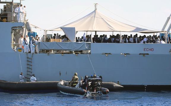 A migrációs intézkedések szigorításáról szavaz az olasz parlament