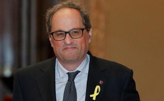 A spanyol ügyvezető kormányfő nem tárgyalt a katalán elnökkel barcelonai látogatásán