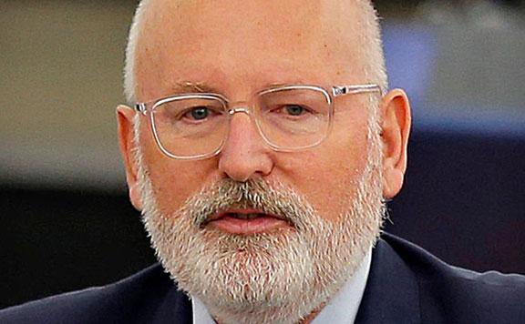 Századvég: Timmermans biztosként nem bizonyult sikeresnek
