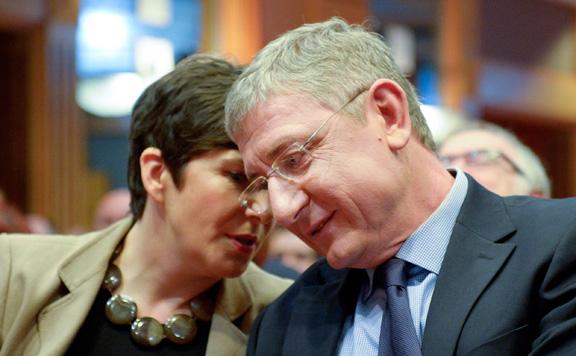 Fidesz: Gyurcsányék az az új EP-ben is a bevándorláspártiakat szolgálják