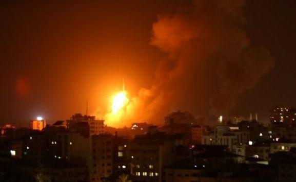 gázai légitámadás-reuters576