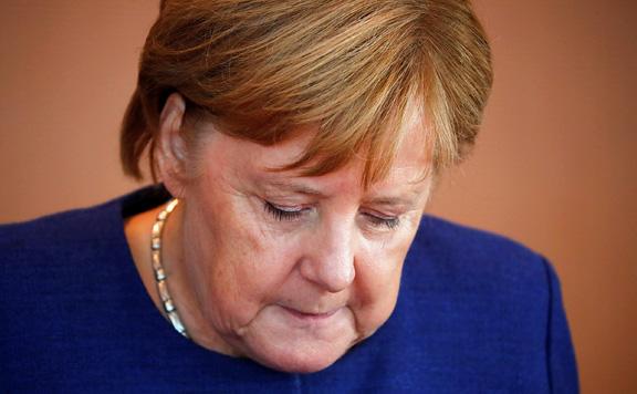 Súlyos vereséget szenvedett Merkel pártja
