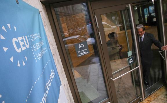 Az igazságügyi tárca szerint a Soros-szervezetek érvelését tükrözi EB-főtanácsnok véleménye