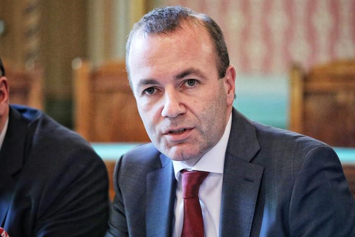 Weber erős és nagyvonalú Európát ígért kampányindító beszédében