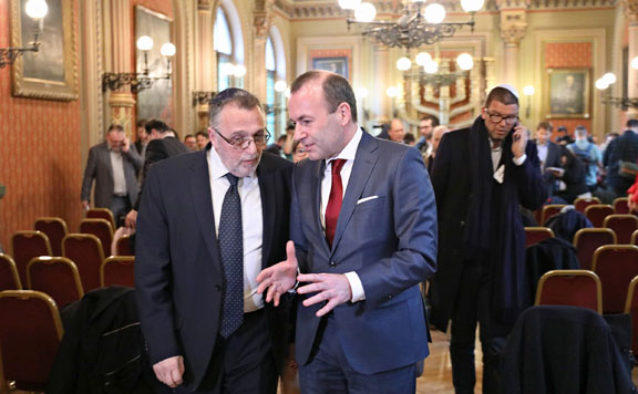 Heisler András és Manfred Weber 20190313