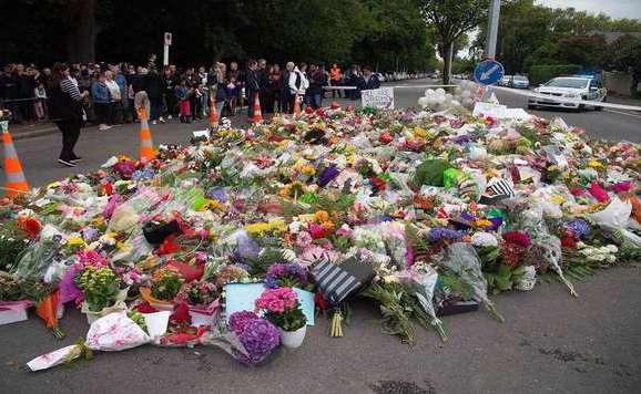 Terrorizmussal vádolják az új-zélandi merénylőt