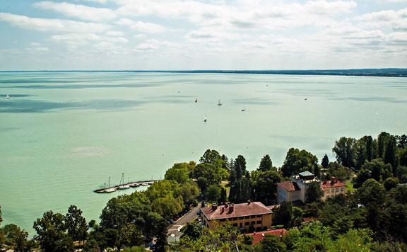 A nyárra elérheti a százhúsz centit a Balaton vízszintje