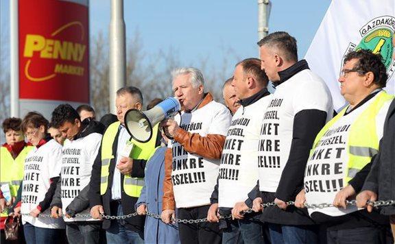 tejtermelők tüntetés penny